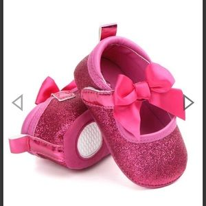 Other - Glitter infant shoes
